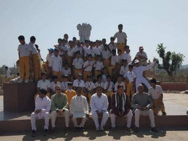 World Peace participants Tour to the Geographical Centre of India - the Brahmasthan of India.